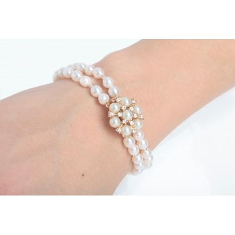 Bracelet White Fower Clasp
